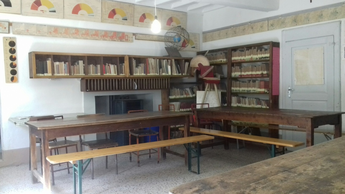 Barbiana School - interior